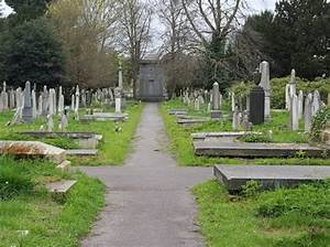 Is The Mausoleum Of Hannah Courtoy In Brompton Cemetery A