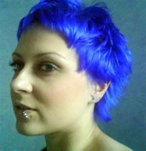 Short Neon Blue Hair Colors Ideas