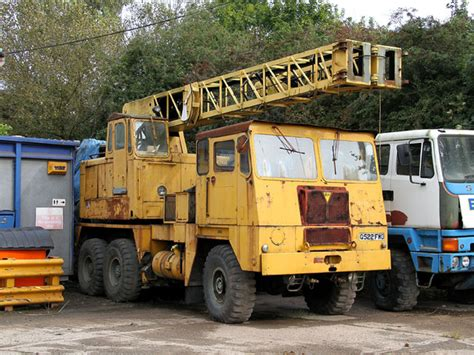 CCMV Classic Commercial Motor Vehicles | Coles Cranes ...