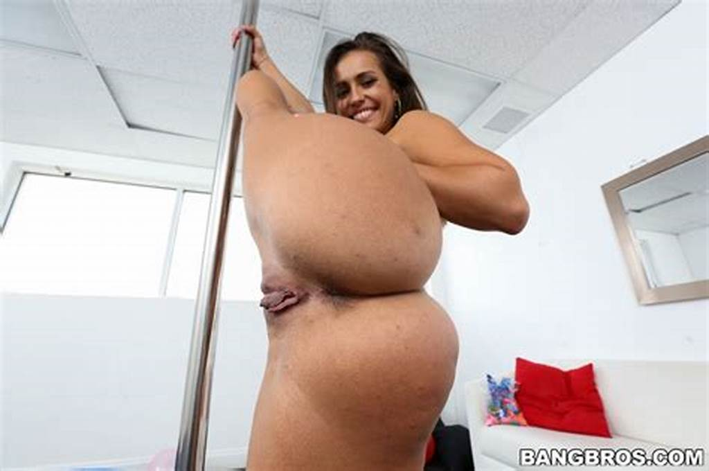 #Big #Perfect #Ass #Kelsi #Monroe #Starts #Swinging #At #Ass #Parade