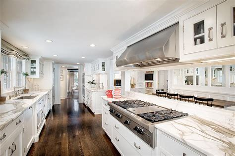white galley kitchens 37 luxurious kitchens with white cabinets designing idea 1029