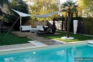Toile Tendue Jardin : jardin contemporain piscine toile tendue voile unopi ~ Melissatoandfro.com Idées de Décoration