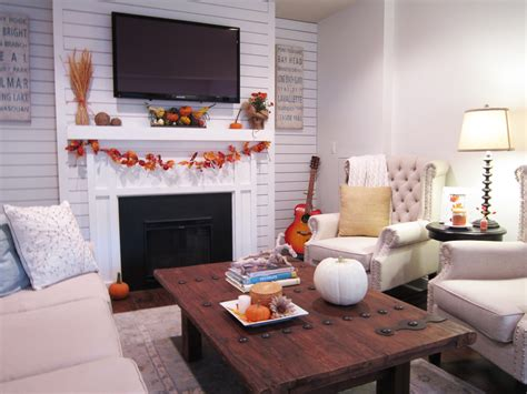 fall home    giveaway  honeycomb home