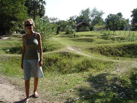 killing fields cambodia photo