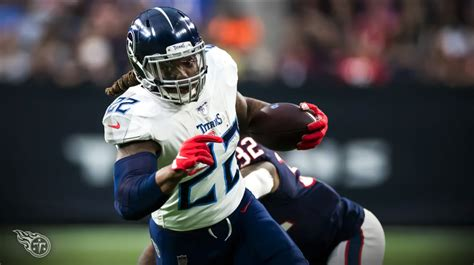 titans derrick henry  reasons hes   national star
