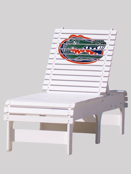 outdoor patio chaise lounge of florida gators