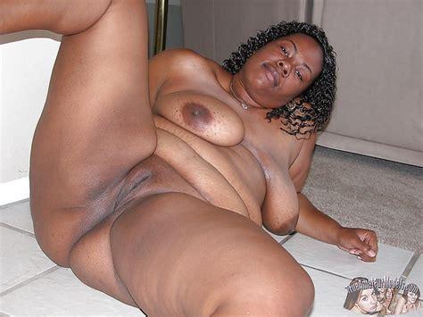 Bbw Black Woman Spreads Fat Brownie Ass Cheeks