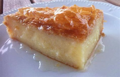 The best thing about this classic is you can keep it simple or dress it up the recipe adds a cognac syrup, but you can also pair it with fresh fruit and cream or just dust it with powdered sugar. Traditional Greek Galaktoboureko recipe (Greek Custard Pie with Syrup) - My Greek Dish