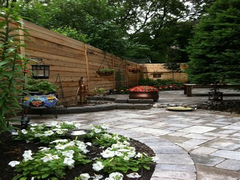 back yard design inexpensive patio designs long narrow back yard landscaping ideas long narrow apartment