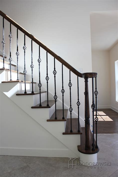 Spindle Banister by Best 25 Iron Spindles Ideas On Iron Staircase