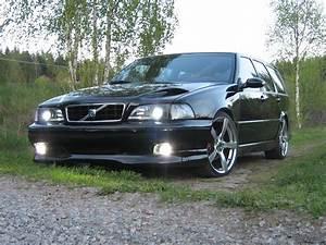 Heathster 1999 Volvo V70r Awd Wagon 4d Specs  Photos