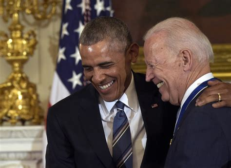 barack obama gave joe biden  surprise honour  people