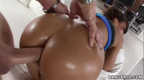 Fat Oiled Ass Lisa Ann Loves Anal Free Porn 5c Xhamster