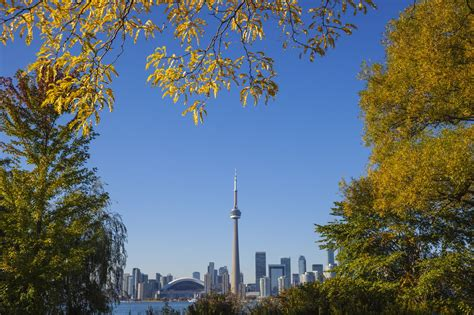 October in Toronto: Weather and Event Guide