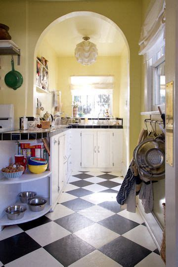 pale yellow kitchens ideas  pinterest yellow kitchen walls kitchen yellow colors