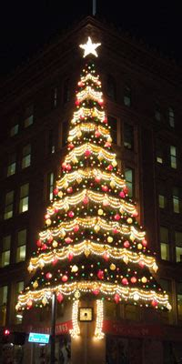 pittsburgh s annual light up night popular pittsburgh
