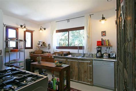 salon de la cuisine décoration cuisine bois naturel