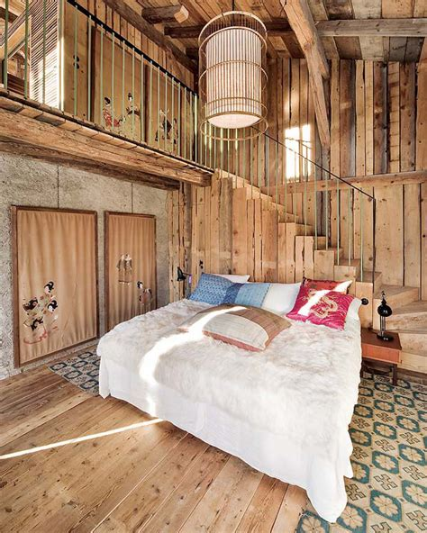 cozy  welcoming chalet bedrooms ideas