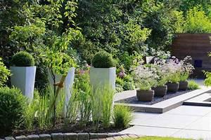 Pflegeleichter Garten Ohne Rasen : ein pflegeleichter garten dank des profis livvi de ~ Markanthonyermac.com Haus und Dekorationen