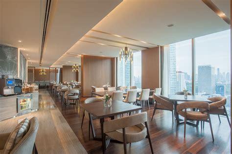 executive sky lounge club floor novotel bangkok