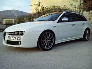 Alfa Romeo 159 Sw Ti : alfa romeo 159 sw 2 4 jtdm 210ks q4 4x4 ti 2010 god ~ Medecine-chirurgie-esthetiques.com Avis de Voitures