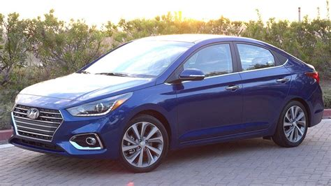 hyundai accent sedan exterior drive price