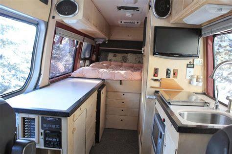 Sprinter Van Conversion, Van Bed