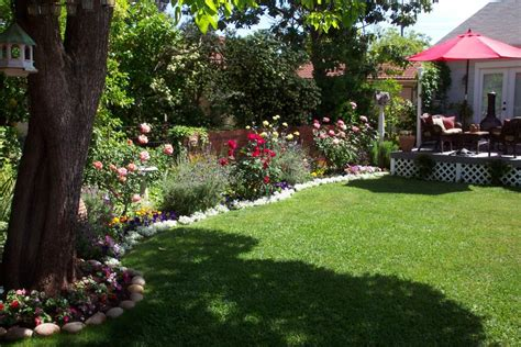 Our Favorite Cottage Gardens From Rate My Space Diy