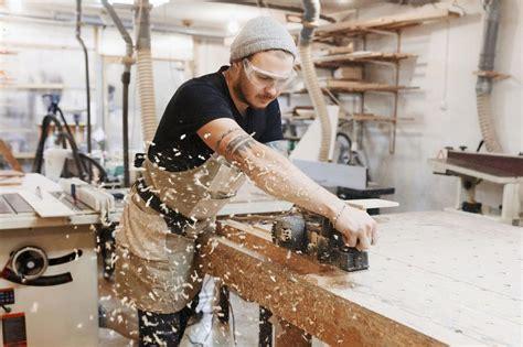 carpenter  joiner construction
