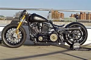 Bobber Harley Davidson : unorthodox softail by charlie stockwell charliestockwell ~ Medecine-chirurgie-esthetiques.com Avis de Voitures