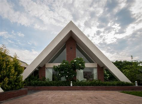 architecture house design gallery of the apex house design buro architects 25