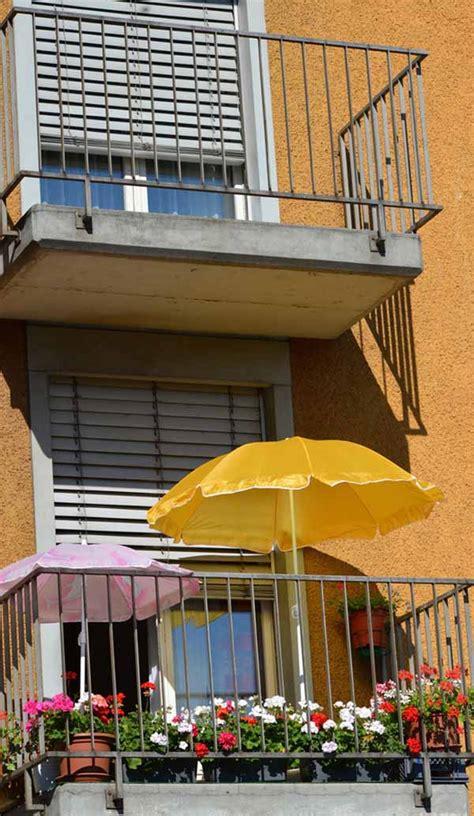 Sonnenschirm Balkon Klein by Kleinen Balkon Gestalten Ideen Zur Versch 246 Nerung Bauen De