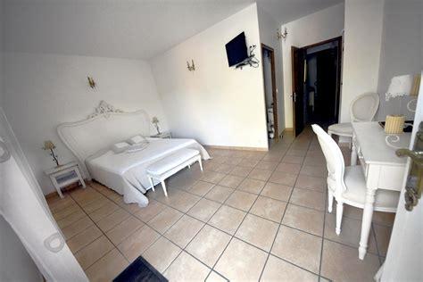 chambre d hotes nimes location chambre d 39 hôtes n 30g20058 à nimes dans le gard