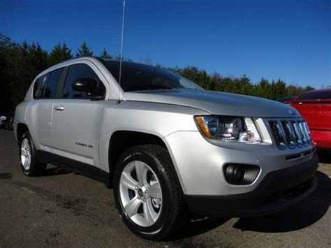 jeep compass sunroof sell new new 2013 jeep compass sunroof 4cyl gas fwd auto
