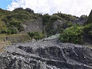 Alpine Fault Tours Exposed  Whataroa  New Zealand   Top