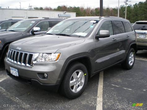 dark gray jeep grand cherokee 2011 mineral gray metallic jeep grand cherokee laredo 4x4