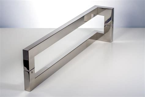 Roosevelt Modern & Contemporary Door Pulls  Handles For