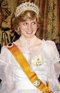 Royal Family Around the World: The Late Princess Diana ...