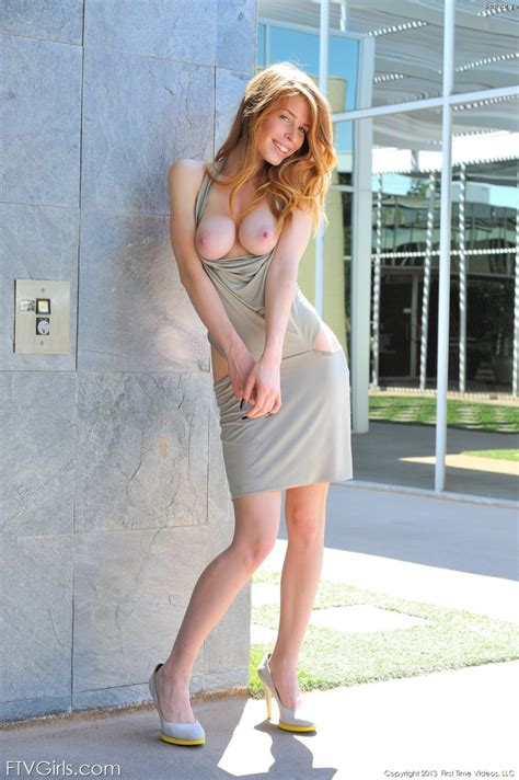 Bethanie Skye Naked Outdoor