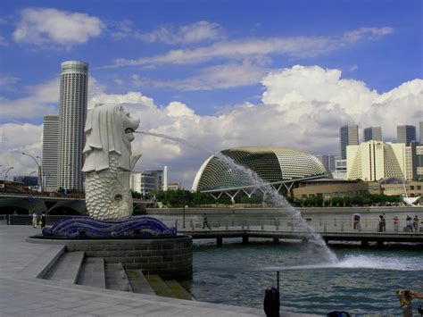 wisata singapura patung merlion tempat wisata foto