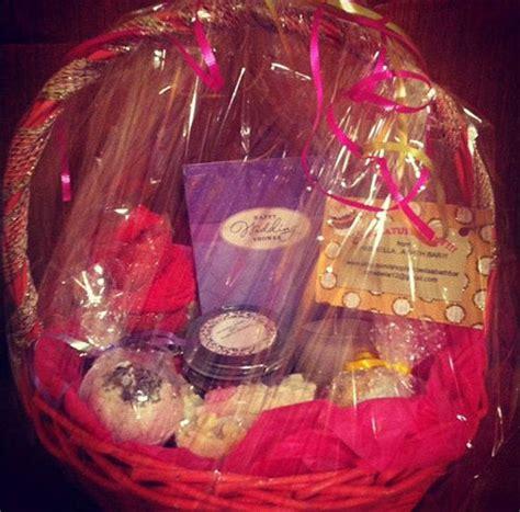cool christmas gift basket ideas 2013 2014 xmas gifts girlshue