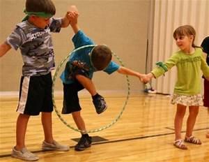10+ Fun Team Building Activities 2017