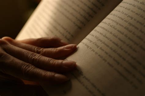 7 Simple Reading Strategies To Help You Read