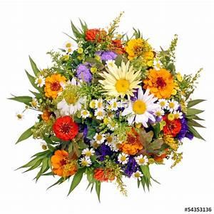 Bilder Von Blumenstrauß : bunter blumenstrau aus dem bauerngarten stockfotos und lizenzfreie bilder auf ~ Buech-reservation.com Haus und Dekorationen