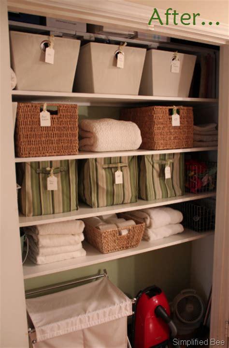 Linen Closet Baskets by Stylish Organized Linen Closet Before After