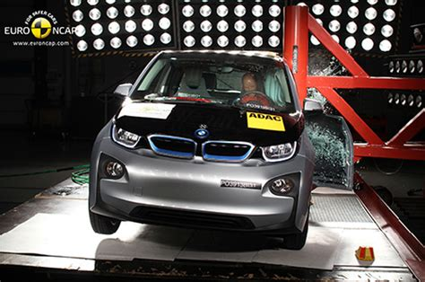 crash test siege auto 2014 2014 bmw i3 ncap crash test photo gallery autoblog