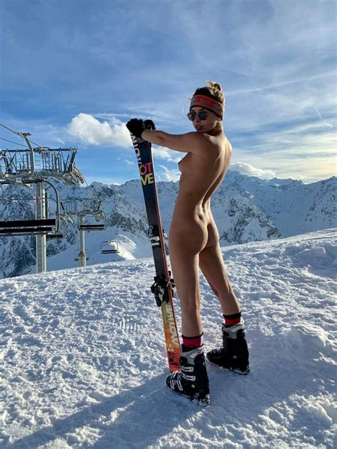 Marisa Papen Nude On The Snow 9 Photos The Fappening