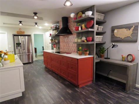 hgtv small kitchen makeovers desperate kitchen makeover farmhouse kitchen 4194