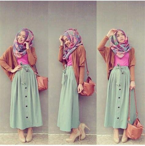 model rok panjang berhijab motif unik