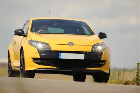 Rs Tuning Releases 320 Hp Renault Megane Rs Autoevolution